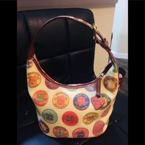 Dooney & Bourke Purse excellent condition